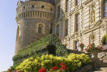 Château, Castle, and palaces oh my / Historically breathtaking  / by Kayla Callahan