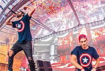 THE CHAINSMOKERS ❤