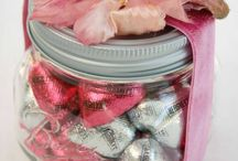 Valentines Day Wedding Favors / Valentines Day wedding favors to romance, dazzle, and wow!