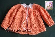 Casaquinho laranja começa por baixo