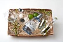 Regalos Gin Tonic / ¿Quieres regalar Ginebra con Tonicas Premium? Hacemos cestas y cajas a peticion de nuestros clientes