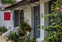 Ομορφιές τής Αθήνας .