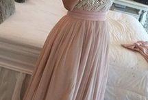 φορεματα κουμπαρας
