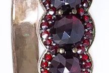 Poklady, šperky