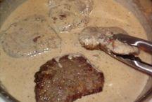Minute steak and gravy