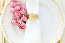 Wedding Napkins with flowers / Weddins#napkins#placesettings#flowers#tabledesign