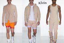 Calvin Klein uomo / Calvin Klein collezione e catalogo primavera estate e autunno inverno abiti abbigliamento accessori scarpe borse sfilata uomo.