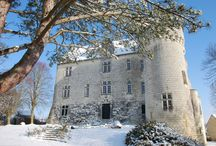 An authentic medieval castle / Chateau de la Motte in Usseau welcomes guests from all over the World for more than 14 years!