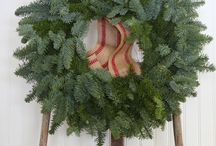Holiday Decorating DIY  Ideas / Holiday decorating project ideas and inspiration DYI