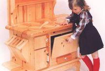 Woodworking / by Sara Carpino