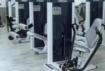 Salud y Bienestar / Todos los productos fabricados por Ortus Fitness que cumplen las normativas ergonómicas y biomecánicas para la obtención de mejorar .