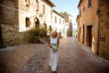 Suzie & Peter August 2016 / A beautiful couple that decided to celebrate their magical moment in the little town of Certaldo with few friends.