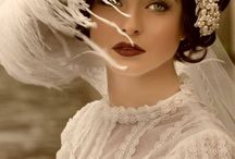 Прекрасные женщины / разного возраста и сословия, но всегда нежные, милые, красивые, утончённые..... разные