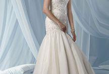Dresses / by megankudzia