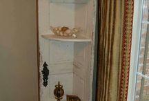 Doors DIY Projects / Don't throw away your old doors - repurpose them!
