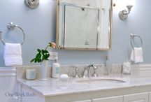 Bathroom Design 19 / Our traditional beach style blue and white design bathroom.