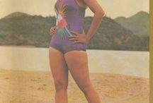 Bollywood Bikini / Hot and sexy bikini pictures of bollywood celebrities.