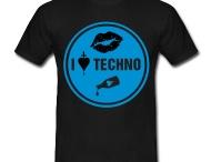 tee shirt i LOVE TECHNO / http://legiux.spreadshirt.fr/i-love-techno-I15140725