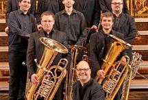 Klassik in der Altstadt / Die Altstadt Hannover verwandelt sich vom 12. bis 27. Juli 2013 in eine Flaniermeile für Freunde klassischer Musik: An drei aufeinander folgenden Samstagen geben junge Künstler mehr als 25 klassische Konzerte unter freiem Himmel und in öffentlich zugängigen Gebäuden.