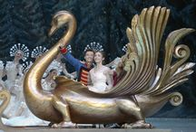 DER NUSSKNACKER / Ballett-Feerie von Vasily Medvedev und Yuri Burlaka / by Staatsballett Berlin