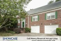 Matthews #homeforsale with superb interior layout / Open floor plan, cathedral ceilings, walk-in closet and prefinished hardwood flooring are just some of the features of this #homeforsale. Call #ShowcaseRealty at 704.997.3794 today! #NCRealtors  For more photos and details on this home, visit:  http://bit.ly/2kNQGkx