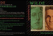 """Wilde / Wilde"""" - Racconto Canzoni - """"Esistere per creare e creare per esistere"""" questo è il motivo di fondo del nuovo album di Leo Tenneriello, un mix di musica e letteratura con canzoni electropop (allegro-malinconiche-ma non troppo) cariche di urgenza di vivere."""