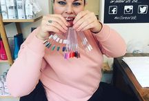 Nail Crew UK Double repost. Lovely visit from @katie_foster_i and @susiebluesyy . Alll the colours. #nailcrewuk #nailswag #birthdaynails