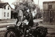 Gals on two wheels / Pioneering women from yesteryear on motorcycles