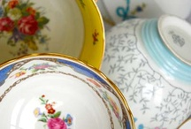 Vintage afternoon tea / Some great styling ideas for planning vintage afternoon tea, or vintage high tea if you prefer.  From pretty teapots to vintage cake stands and silver teaspoons. The perfect solution is to hire in luxury vintage tableware.