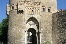 Puertas Monumentales