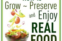 "Vegetable Gardening / by Julia West - ""Homeschool Mom Chronicles"""