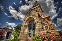 Oakland Cemetery Monuments / Collection of Oakland's funerary art and architecture which can be seen in many styles: Victorian, Greek Revival, Gothic, Neo-classical, Egyptian, and Exotic Revival.