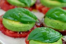 Raw Vegan Recipes / by RL ...
