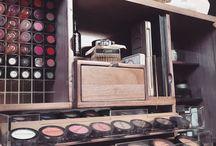 Wall mounted make-up board