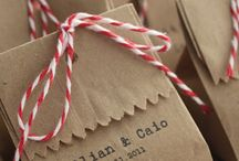 Saquinhos de Papel / Usar saquinhos de papel para decorar a sua festa é uma ideia criativa e econômica que vai deixar tudo cheio de alegria!