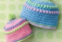 Sapkák, sálak, kesztyűk - Hats, scarves, gloves