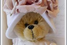 Teddy Bears Forever!! / by Michelle Weber-Zbylut