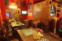 ROCK SIDE PUB / Pub-Ristopub-Sala giochi-Sala biliardi-Ludoteca-Bar sportivo-Feste private-Sala per banchetti-Bar caffè-Fast Food Aperto a pranzo su prenotazione