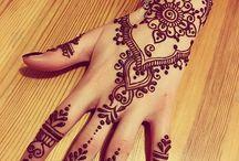 Henna  and glitter tatoos