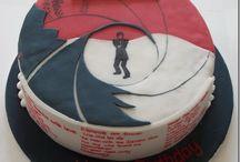 James Bond cakes