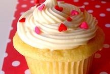Recipe Binder--Cakes, Cookies, Desserts / by Heather B.