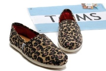 Toms / by Lisa 💓💓