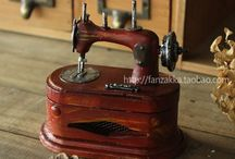 Sewing Antiques / Antique & collectable sewing items.