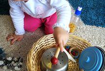 Kleinkindaktivitäten / Alles, was Kleinkindern gefallen könnte