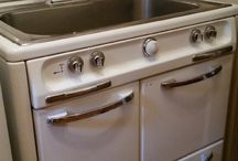 Laundry Room Sink / Creative Laundry Room Sink / by Susie