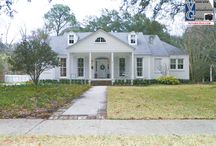 Glenmore Place Subdivision Homes Baton Rouge 70808 / Home Styles in Glenmore Place Subdivision Homes Baton Rouge 70808. Board by Bill Cobb Baton Rouge's Home Appraiser 225-293-1500 homeappraisalsbatonrouge.com / by Bill Cobb