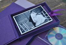 Nowości! / FOTOALBUM jest idealny do prezentacji zdjęć ślubnych, sesji fotograficznych i prezentacji firmy. Najbardziej wymagający Klienci, docenią doskonałą jakość obrazu, estetykę i perfekcyjne wykonanie.