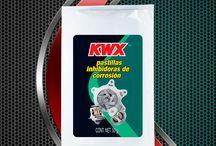 Poductos para Radiador / Los Anticongelantes KWX evitan el congelamiento y el sobrecalentamiento, cuidando que el motor trabaje a temperaturas adecuadas.  Mantienen el sistema de enfriamiento en óptimas condiciones de operación. Brinda excelente protección contra la corrosión y la oxidación a las partes metálicas incluyendo el aluminio, además de otras aleaciones. Su color ayuda a detectar cualquier fuga. Uso permanente todo el año.