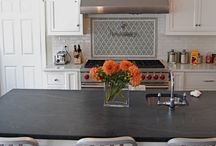 Kitchens to die for / by Kate Andrews Hoult
