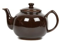 Tea Pots / I love tea pots. And since I can`t have the collection I want, I will have a collection online!